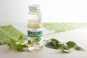 Вода из деревьев:  березовый сок